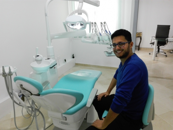 Dr Mohamed HAMDI Dentiste